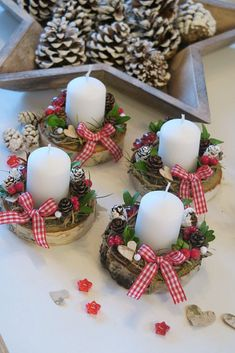 magical christmas centerpieces decor ideas that will make you feel the joy page 9 Diy Christmas Decorations Easy, Easy Christmas Crafts, Magical Christmas, Christmas Candles, Christmas Centerpieces, Rustic Christmas, Christmas Projects, Simple Christmas, Winter Christmas