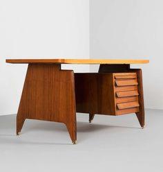 Bureau années 50 en bois de rose et laiton