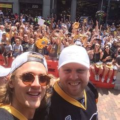 Carl Hagelin's selfie with Phil Kessel during the Pens Cup victory parade.