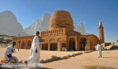 Al Khatmiyya Mosque, Kassala  مسجد الختمية، كسلا  (By Slawek Kunc)  #sudan #kassala #khatmiyya #mosque