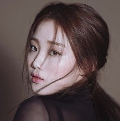 Image shared by Josss. Find images and videos about drama, doctors and lee sung kyung on We Heart It - the app to get lost in what you love. Korean Beauty, Asian Beauty, Korean Actresses, Actors & Actresses, Korean Actors, Jong Hyuk, 1million Dance Studio, Ahn Hyo Seop, Han Hyo Joo