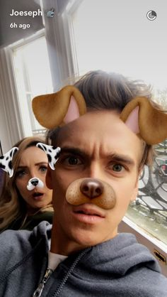 Zoe and Joe Sugg Funny Snapchat Filters, Joe And Zoe Sugg, Joseph Sugg, Buttercream Squad, Sugg Life, Bae, Caspar Lee, British Youtubers, Vlog Squad