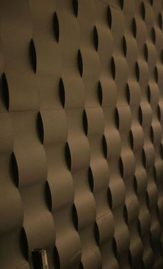 Undulating Wavy Wall Design
