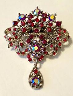 vintage jewelry for sale online Dainty Jewelry, Antique Jewelry, Vintage Jewelry, Rhinestone Jewelry, Vintage Brooches, Jewlery, Art Deco Jewelry, Fine Jewelry, Jewelry Design