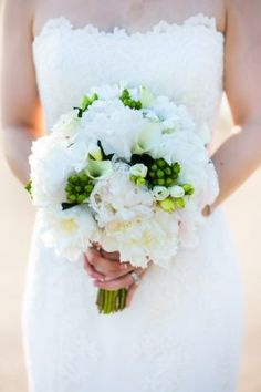 White and Green Bridal Bouquet | DC Fairmont Wedding | Kurstin Roe Photography
