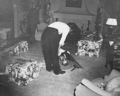 Bugsy Siegel Death Photos of Celebrities Famous people of mahatma gandi of famous celebrities of nicole brwon simpson of Divya Bharti of Diana Of kurt Cobain of chris farley of david Carradine
