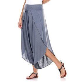 Look at this Stanzino Charcoal Tulip-Hem Gaucho Pants on today! Pantalon Thai, Pantalon Large, Fashion Pants, Boho Fashion, Fashion Outfits, Fashion Design, Sewing Pants, Bohemian Mode, Pants For Women