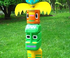 We searched all over the internet to bring you the best free Totem pole kids craft activities and projects. All of these kids craft projects are for Native American Totem poles. Perfect for class a… Projects For Kids, Crafts For Kids, Arts And Crafts, Easy Crafts, Milk Jug Crafts, Milk Jug Projects, Recycled Crafts, Art From Recycled Materials, Recycled Decor
