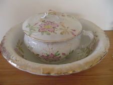 Wash Basin/Chamber Pot Set - Etruria Mellon - Bed/Breakfast Special  Antique