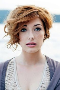 Gorgeous Winter hairstyles For Women (17)