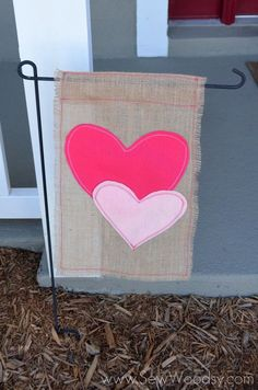 Burlap & Felt Heart Garden Flag guest post over at @Vivienne at The V Spot