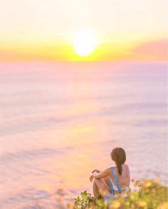 . When the magic of sun setting down steal all your attention  : @her_journeys - Book directly on our website www.soobali.com