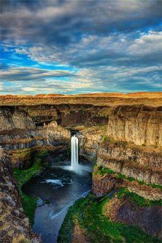 Palouse Falls, Washington  THIS IS CLOSE TO WHERE I LIVE