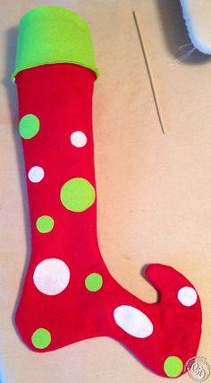 I finally found some time to finish up our christmas stockings. I am so pleased by how these stockings turned out. They remind me of the stockings that the Who's would have in How the Grinch … Grinch Party, Grinch Christmas Party, Classy Christmas, Winter Christmas, Christmas Christmas, Christmas Ornaments, Whoville Christmas Decorations, Christmas Themes, Christmas Crafts