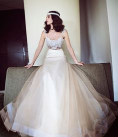 Ok I know this is wedding gown & I'm already married but wowwwww... Sooo gorgeous!