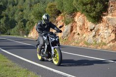 "Ensaio: Yamaha MT09 – 2017 ""Re-Evolution on the Dark Side"""