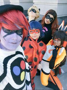 Miraculous Ladybug group cosplay!
