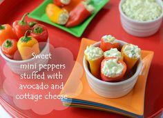 Sweet MIni Peppers Stuffed with Avocado and Cottage Cheese via @wellfloured/ // #avocado #kidsnack #kidfriendly