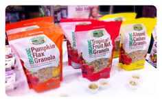 Eat healthy be happy! Organic Granola, Food Inc, Bliss Balls, Snack Recipes, Snacks, Eat Healthy, Almond, Chips, Happy
