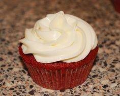 The Hummingbird Bakery's Red Velvet cupcakes (norwegian recipe)