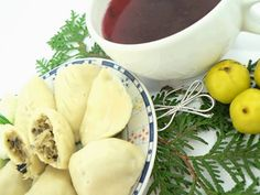 Christmas food is all about combining classic holiday appetizer recipes with a few exotic ones, just for a contrast. These spiced empanadas ...