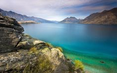 Scenic Wonderland: New Zealand - New Zealand Photo:Lake Wakatipu & Remarkable Mountains, Queenstown 23 Strand Wallpaper, Beach Wallpaper, Windows Wallpaper, Cara Delevingne, The Places Youll Go, Places To See, Chillout Zone, Best Nature Wallpapers, Desktop Wallpapers