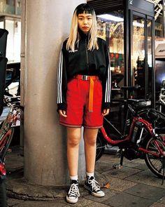 トラックジャケットハーフパンツでやんちゃボーイズスタイルにガチャベルトを長めに垂らすのがポイント February issue P91 SUPER STREET SNAP model @isd_mika outer @adidas bottoms #vintage shoes @converse #nylonjapan #nylonjp #fashion #streetsnap #boystyle #streetstyle #blondehair #girlgang #caelumjp via NYLON JAPAN MAGAZINE OFFICIAL INSTAGRAM - Celebrity Fashion Haute Couture Advertising Culture Beauty Editorial Photography Magazine Covers Supermodels Runway Models