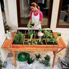 Organic Garden Table   Wicker Blog
