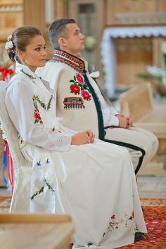Wedding in Zakopane, Poland Folk Costume, Costumes, Polish People, Polish Wedding, Polish Language, Polish Folk Art, Russian Wedding, Arte Popular, Traditional Outfits