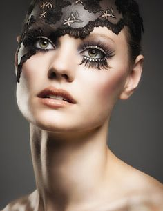 Canvas Face - The Art of Makeup