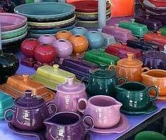 Just discovered Fiestaware. Love the autumnal lilac and green shades.