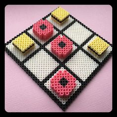 Tic Tac Toe hama beads by pysslomanen
