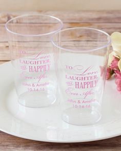 Whatever the size, your glass is always 'half-full' with these personalized clear plastic cups. What makes these party supplies so fab? Durability and details!