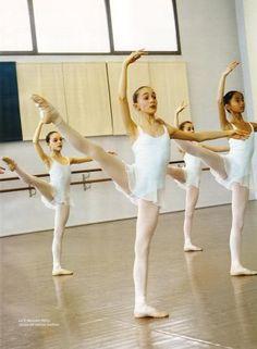 Paris Opera Ballet School show off