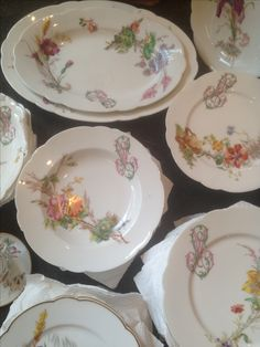 porcelaine de paris 1880 Decorative Plates, Tables, Tableware, Kitchen, Home Decor, Mesas, Dinnerware, Cooking, Decoration Home