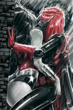 #lgbt #wonder woman #batwoman #kiss #redhead #diana #prince #kate #kane #katherine