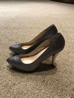02266a46b5c5 Enzo Angiolini Smiles Silver Sparkly Glitter Pumps High Heels Shoes 8   fashion  clothing