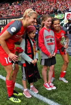 "rookieforlife: ""Lindsey Horan, Tobin Heath 