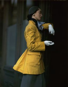 Remembering Vogue Fashion Photographer Frances McLaughlin-Gill – Vogue 1947