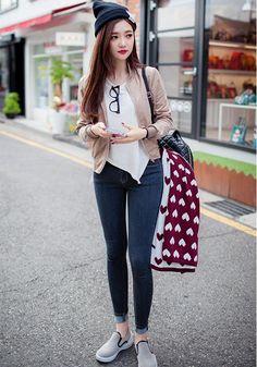 Korean fashion . asian fashion - ulzzang - chuu fashion - cute outfit - ulzzang fashion: