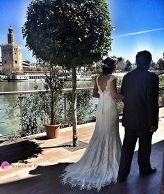 #Bodas en #Sevilla. #TorredelOro #Guadalquivir. Una imagen preciosa de nuestra ciudad de #fiesta Romances, City, Party, Romance, Romantic, Romance Books, Romans, Love