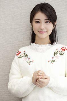 Y o i m a c h i added a new photo. World Most Beautiful Woman, Beautiful Japanese Girl, Most Beautiful Faces, Japanese Beauty, Beautiful Asian Women, Asian Beauty, Girls In Love, Cute Girls, Asian Cute