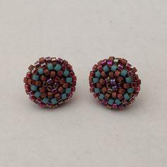 #earrings #postearrings #delica #delicas #delicabeads #beads #beading #beadwork #peyote #peyotestitch #handmade