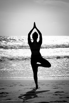Balance #beach #portrait #yoga www.pavlinamatt.com.au