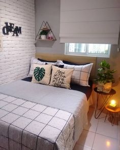 32 Cozy Decor Everyone Should Try This Year interiors homedecor interiordesign homedecortips What's Decoration? Decoration is the art of decorating … Small Room Bedroom, Home Decor Bedroom, Small Bedrooms, Guest Bedrooms, Interior Decorating Styles, Home Interior Design, Easy Home Decor, Home Decor Trends, Pastel Design