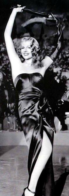 Rita Hayworth   #Cine #Film #People