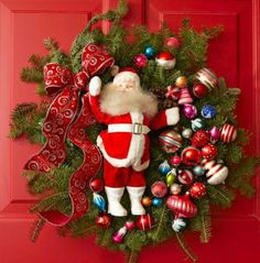 Cheery holiday wreath. More info: http://www.midwestliving.com/homes/seasonal-decorating/beautiful-holiday-wreaths/?page=11,0