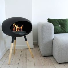 Heat up your home with the Le Feu Ground Low Bio Ethanol Fireplace!