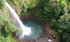 La Fortuna waterfall... Costa Rica