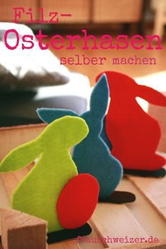 DIY Easter decoration: DIY for felt bunnies! Diy Osterschmuck, Living Room Decor, Bedroom Decor, Felt Bunny, Diy Easter Decorations, Feeling Happy, Diy Food, Handmade Art, Earthy